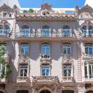 A Valencia un Walking Tour sull'Art Nouveau